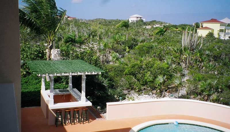 Turks and Caicos Villa Amenities at Emerald Shores Estate include a Wet Bar by the Main Pool