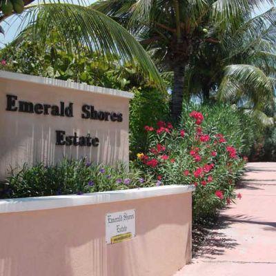 Emerald Shores Estate TCI Driveway Entrance