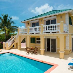 Emerald Shores Guesthouse, Patio, Balconies