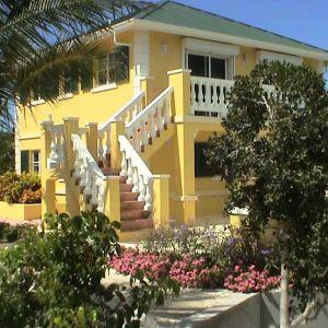 Emerald Shores Guesthouse