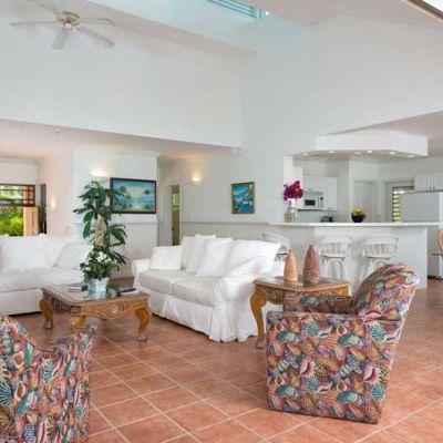 Emerald Shores Main-House-Upper-Level-Living-Area