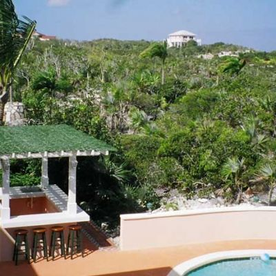 Emerald Shores Estate Wet Bar